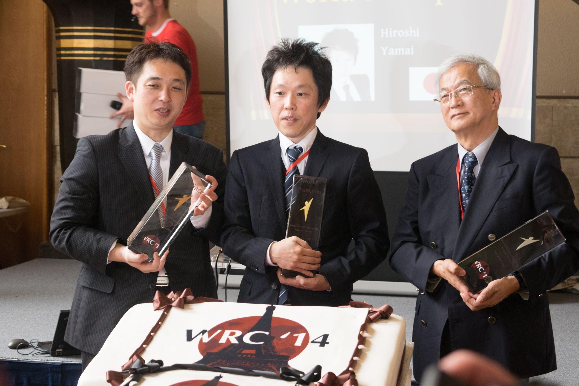 The podium, Jun Nishikawa (3rd), Hiroshi Yamai (1st), Kazuhiko Nishijima (2nd)