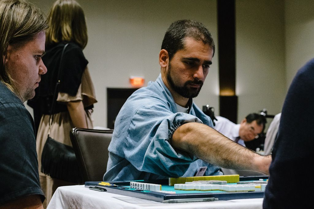 Benjamin Boas Leads in First Session of Good Players Club Tokyo Chomeijin